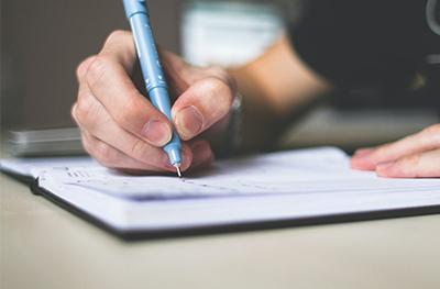 Skriv en bättre platsannons och attrahera fler kandidater